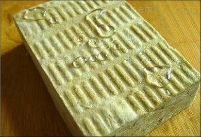 竖丝岩棉保温板价格