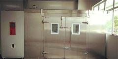 JW-1502昆山步入式高低溫試驗室