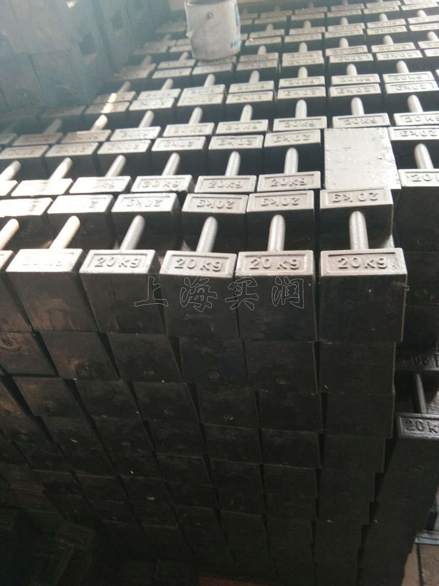 M1级的10公斤铸铁砝码