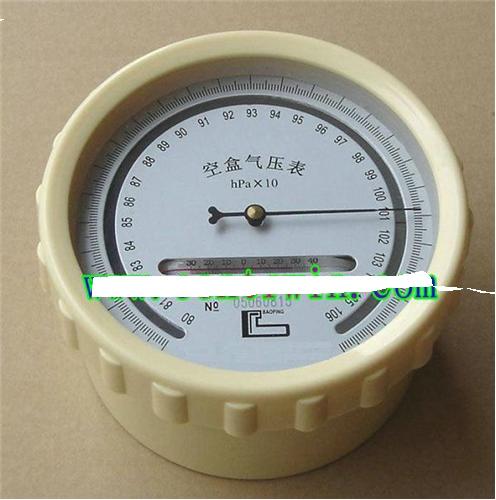 高原型空盒气压表是以变形元件作感应的一种大气压测量仪器图片